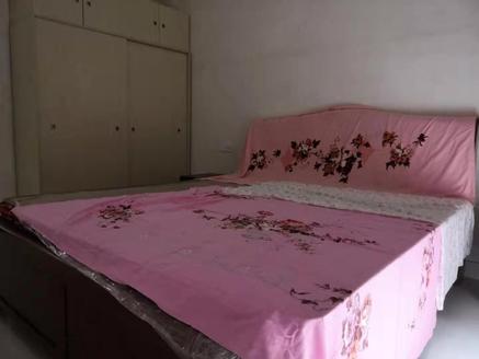 二中实小旁,精装修大四房,仅售11700,公摊小,云顶枫丹