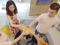 报告!视频里有美女在威廉希尔中文网站豪华别墅里开趴!不要太High!