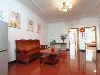 出售保尾社区3室2厅1卫116平米68万住宅