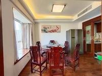 出售隆恒财富广场对面华桥新城5室3厅3卫320平米380万住宅